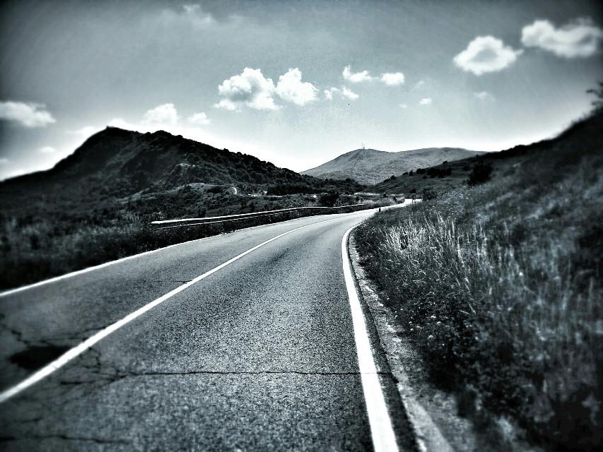 #blackandwhite   #road