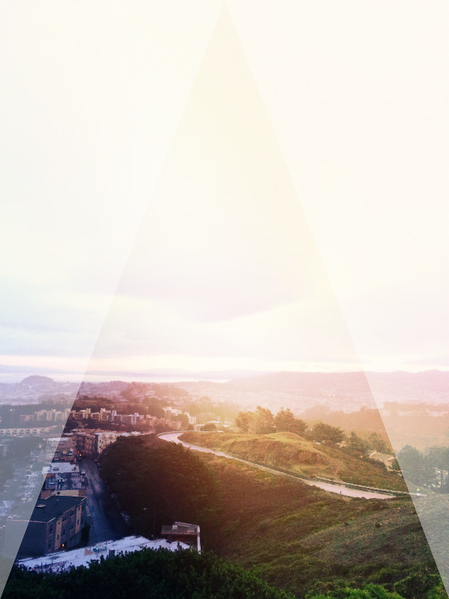 On top of the world 🌎 #sanfrancisco #twinpeaks #shapemask #landscape