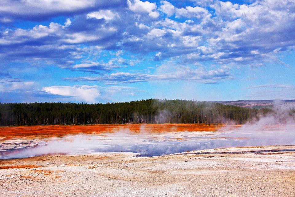 #landscape #geysers #yellowstonenationalpark #sky